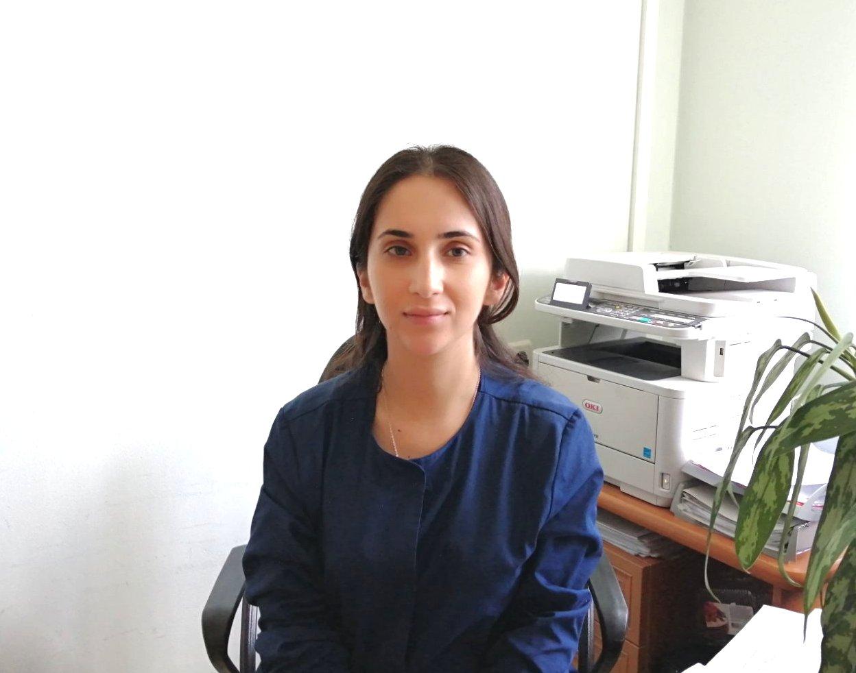 Врач-акушер-гинеколог Гулуева Аша Адалет Кызы